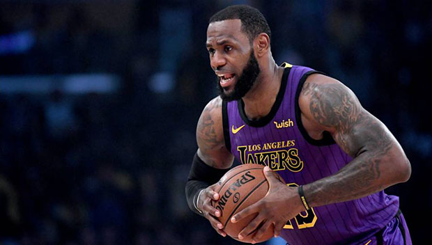 Los Angeles Lakers superstar forward LeBron James left the game in the  third quarter because of an injury but his teammates finished where he left  off and ... 5ea7a19b1
