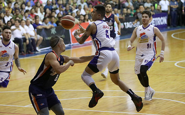 PBA Recap: Jio Jalalon Sparked Fourth Quarter Rally Against The Bolts In CDO
